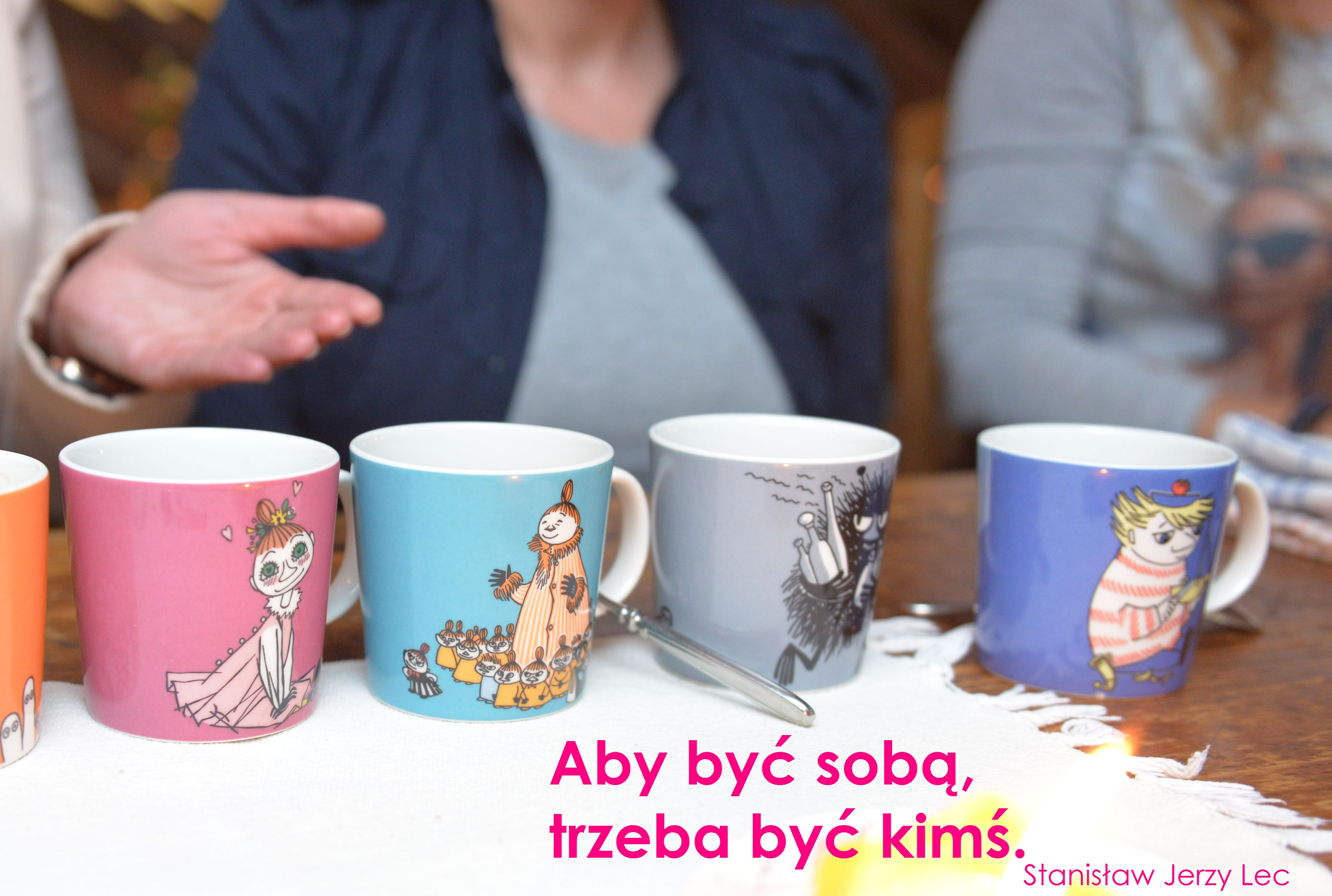 18.12.15_grafika_srodek